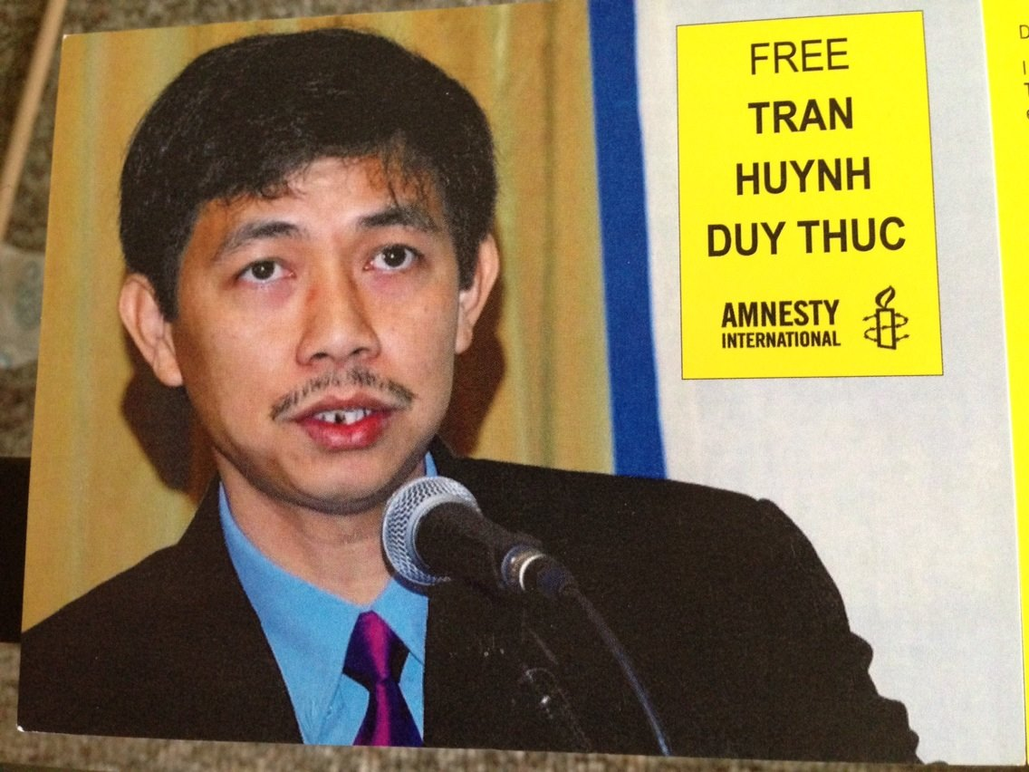 Amnesty International postcard for Tran Huynh Duy Thuc, blogger and entrepreneur serving 16 years