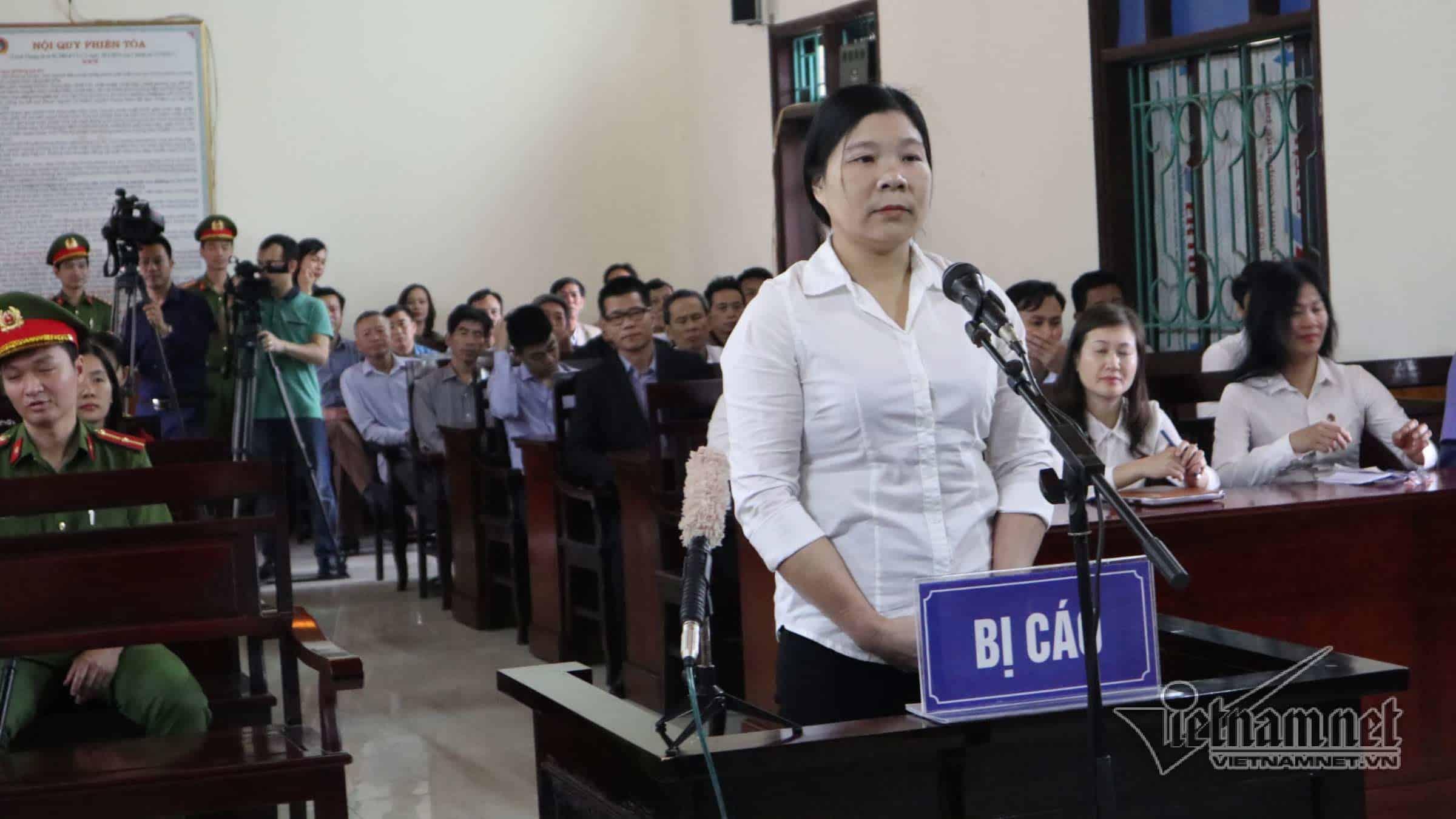 Tran Thi Xuan in Court April 2018_Source VietnamNet