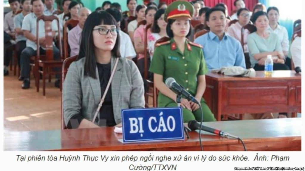 Huynh Thuc Vy at 11.30.18 trial_Source VOA Tieng Viet
